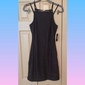Guess black lace dress, new with tags 4